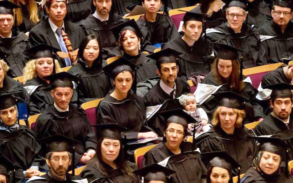 Invite master's and doctoral graduates